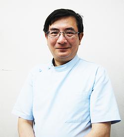 葉山歯科クリニック 院長 簡 健寰(かん けんかん)
